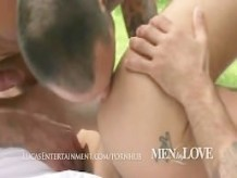 Hot Scruffy Guys Suck and Fuck Outdoors!