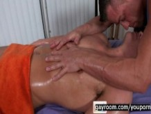 Dylan Deep Massage.p4